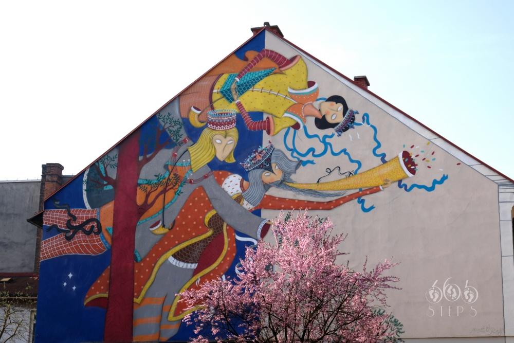 """mural w Cieszynie na budynku przy ul. Gancarskiej, mural """"Powrót Braci"""""""